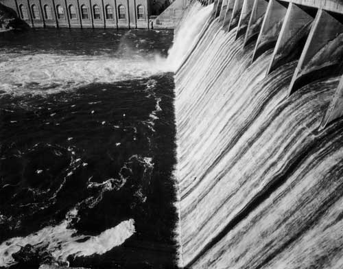 Toshio SHIBATA - #1915 MCA Chicago_Holter Dam, Helena, MT , 1996 ,ゼラチン・シルバー・プリント
