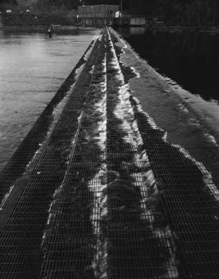 Toshio SHIBATA - #2317 MCA Chicago_South Holston Dam, Sullivan County, TN , 1997 , ゼラチン・シルバー・プリント