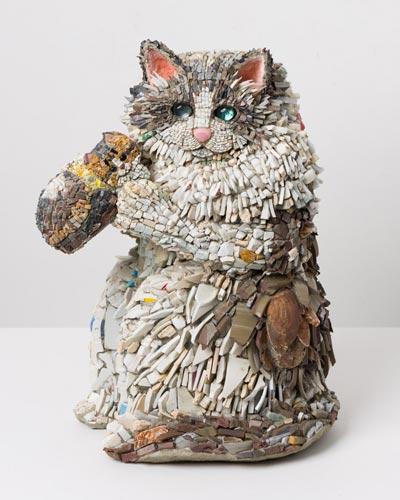西ノ宮佳代 福来猫(ふくらねこ)-アトム&プラム  2013年  46×32.5×26.5㎝ モザイク