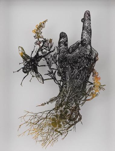盛田亜耶「洗礼者ヨハネの右手」2016 切り絵  44.5×35.5cm  (C)Aya MORITA