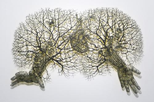 盛田亜耶 最後の晩餐-イエスの手 2017 53.5×79.5cm 切り絵、アクリル絵具