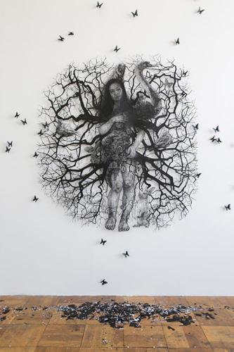 盛田 亜耶 - 生命の連鎖ーヴィーナスの誕生 2017 179.5×161.0cm 切り絵