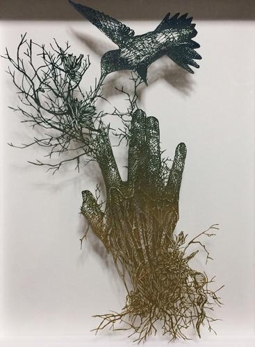 Aya MORITA「call bird」2015  45.0×35.5cm  切り絵、アクリル絵の具