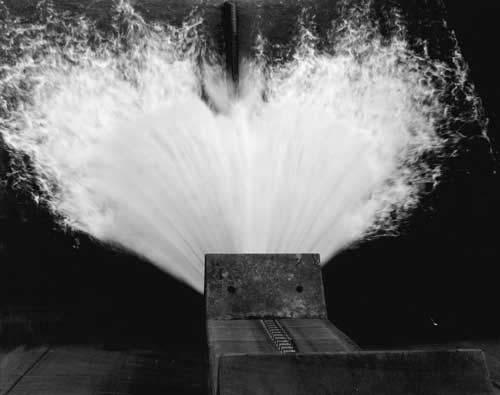 Toshio SHIBATA - #1773 MCA Chicago_Nimrod Dam, Perry County, AZ , 1996 , Gelatin silverprint