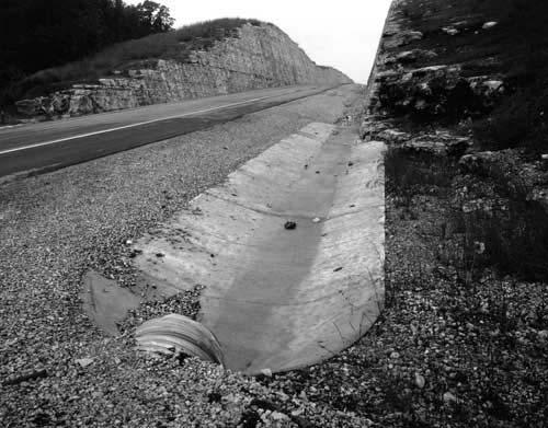 Toshio SHIBATA - #1807 MCA Chicago , Eureka Springs, Carroll County, AR , 1996 ,Gelatin silverprint