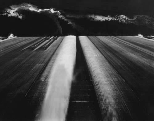 Toshio SHIBATA - #1885 MCA Chicago_Grand Coulee Dam, Douglas County, WA , 1996 , Gelatin silverprint