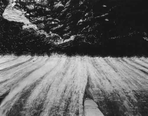 Toshio SHIBATA - #1916 MCA Chicago_Holter Dam, Helena, MT , 1996 , Gelatin silverprint