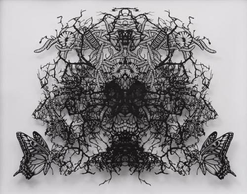 Aya MORITA - ヘビーローテーション, 2014, 65.0×75.0㎝ (額寸), 切り紙
