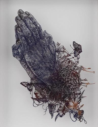 Aya MORITA - 祈りの手, 2016, 44.5×35.5cm, 切り絵、アクリル絵の具